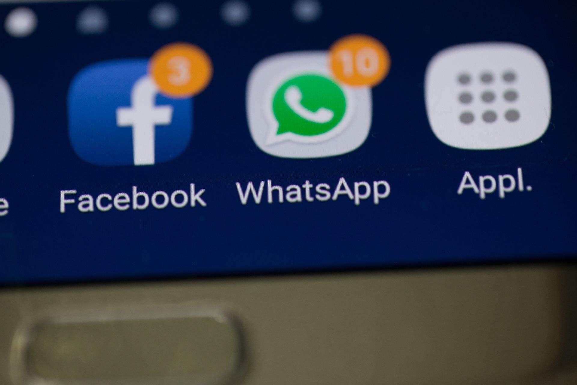 Distractions like social media kill productivity